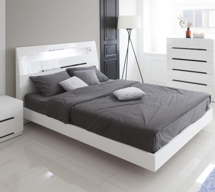 미캘 Q 침대 세트 [매트리스 포함/ 협탁별도]  / 월41,800원
